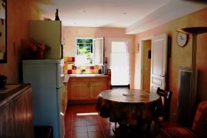 blanchelys-pièce à vivre -côté cuisine